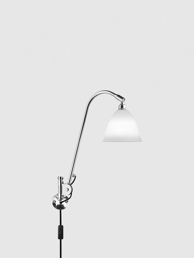 BL6 Wall Lamp – Chrome base – Bone White China