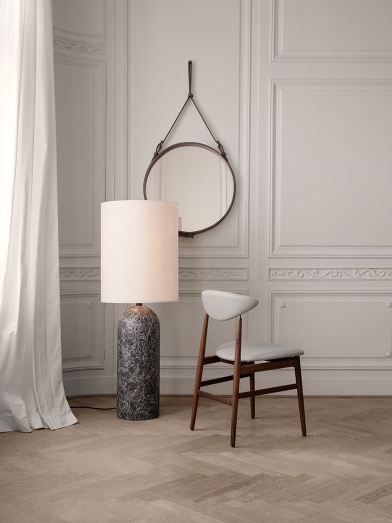 Gravity Floor Lamp XL – White Marble Base – Canvas – Low