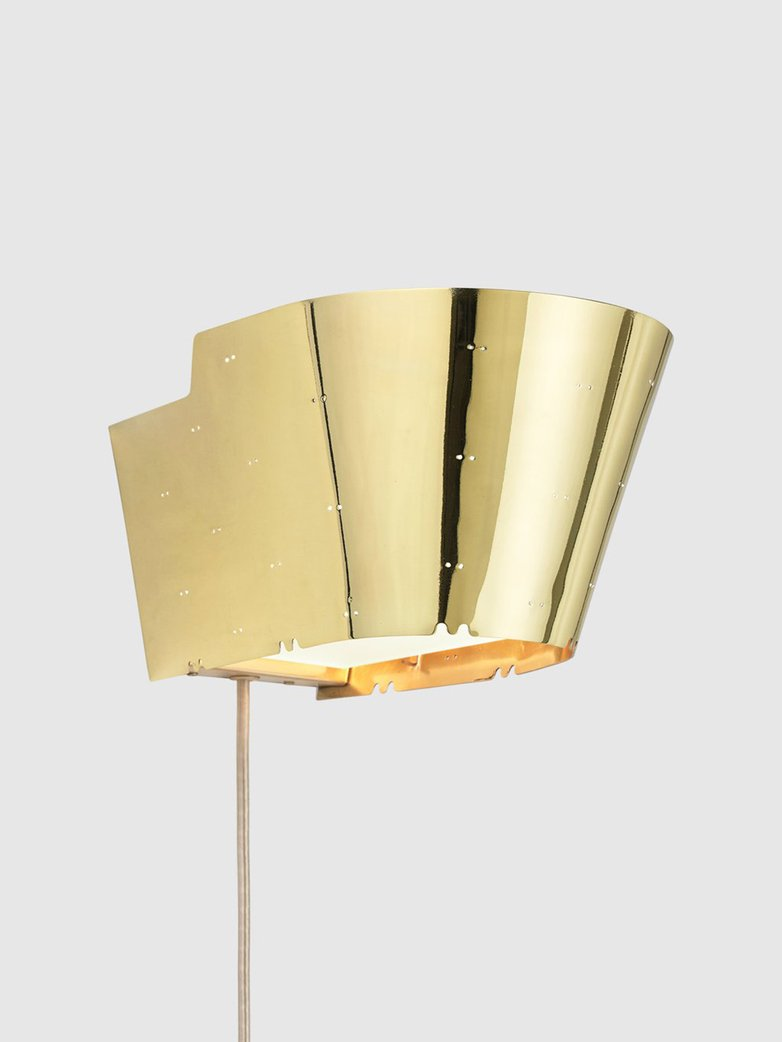 9464 Wall Lamp – Brass Base – Polished Brass