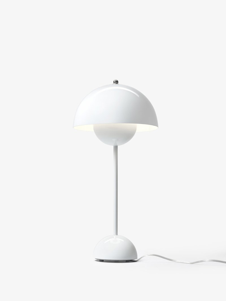 Flowerpot VP3 Table Lamp – White