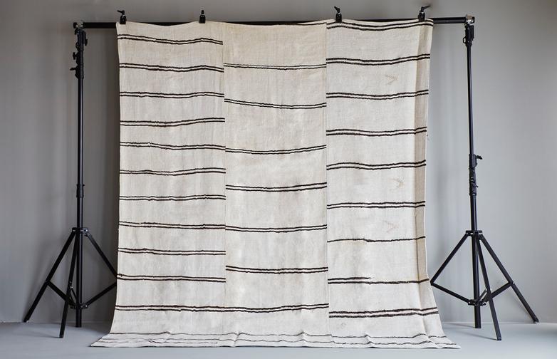 Hemp Kilim 310 x 255 cm