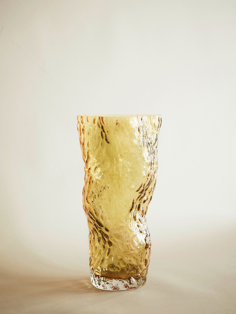 Ostrea Rock Glass Vase – Amber