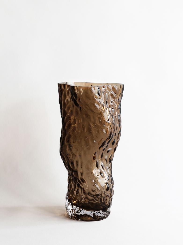 Ostrea Rock Glass Vase – Smoke