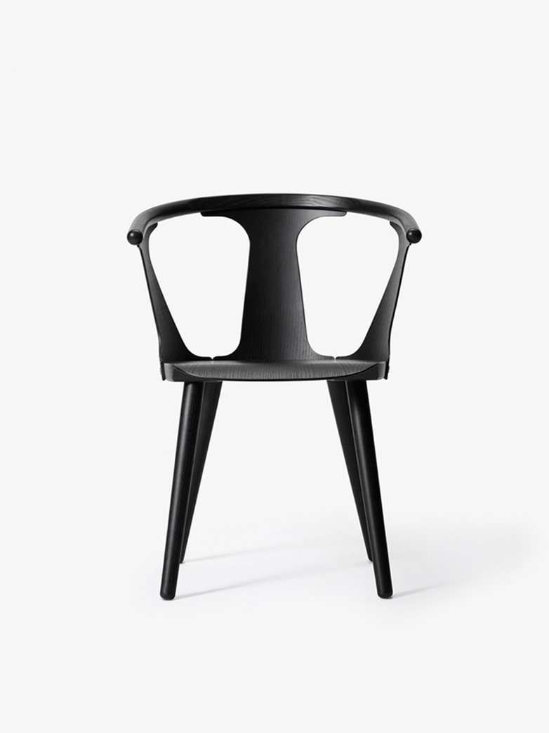 In Between Chair – Lacquered Black Oak