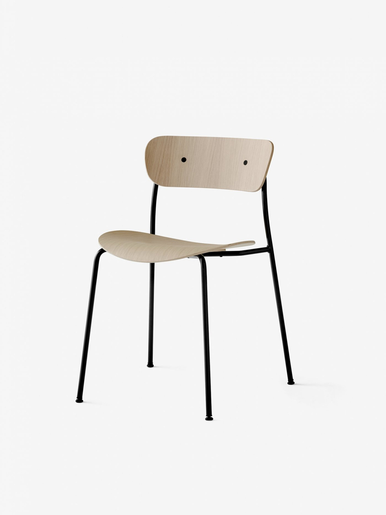 Pavilion Chair – Lacquered Oak
