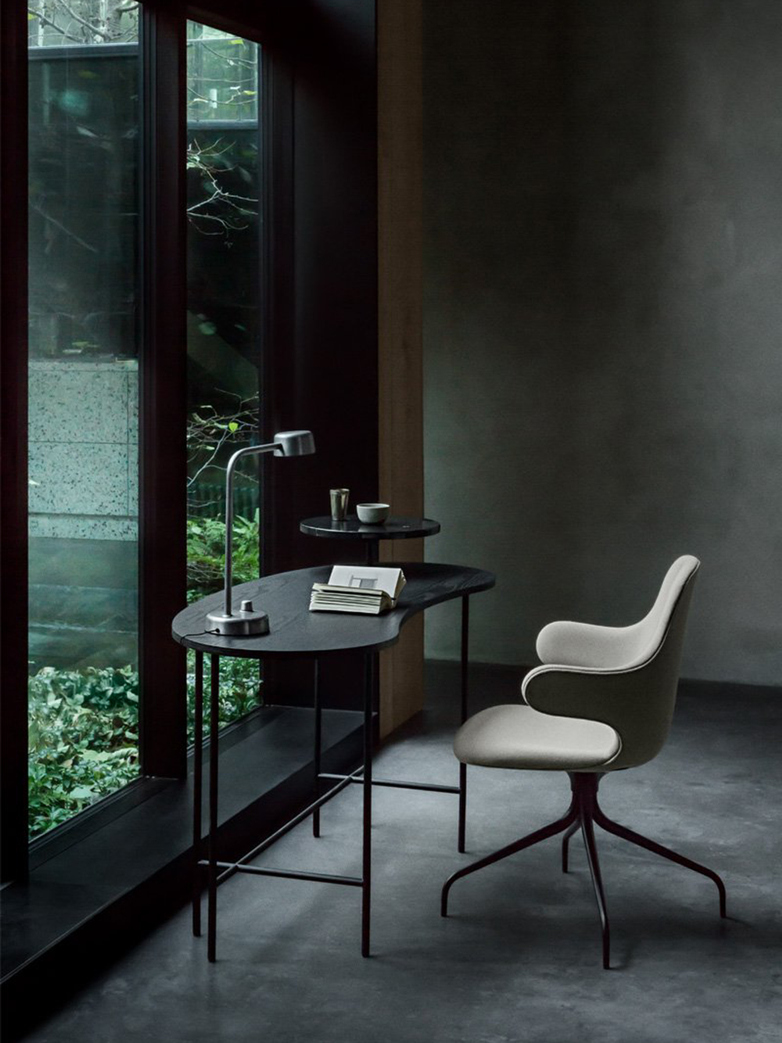 Pallete Desk JH9 – Black Ash & Nero Marquina Marble