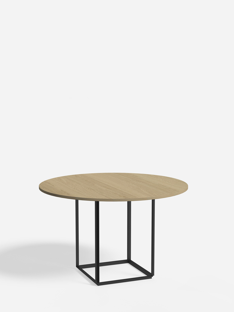 Florence Dining Table – Black Iron/Oiled Oak – Ø120
