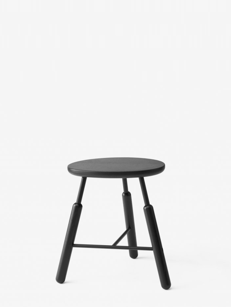 Stool NA3 – Black Lacqured Oak