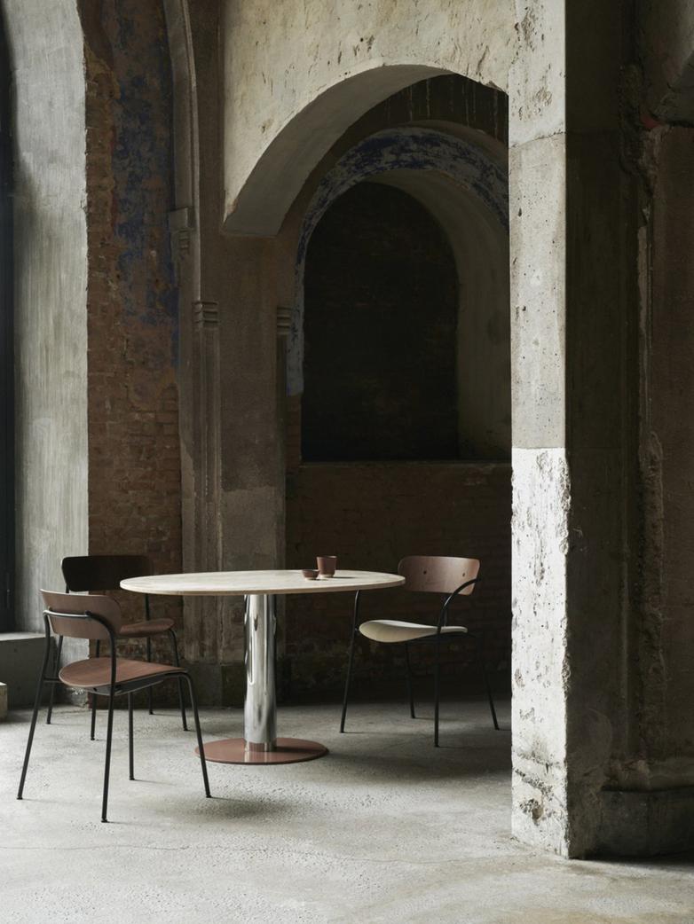 Mezcla JH22 Dinner Table – Walnut/Brass/Burgundy – 90 x 120