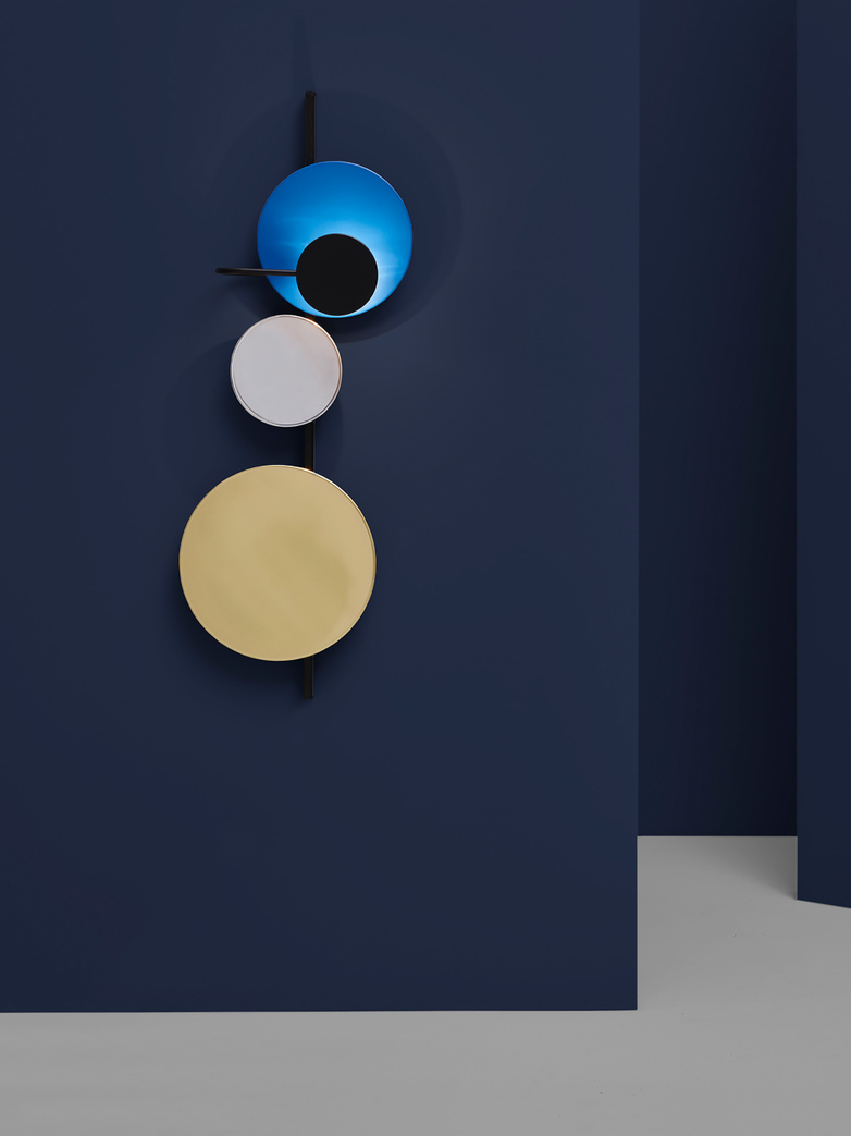 Planet Wall Lamp – Electric Blue