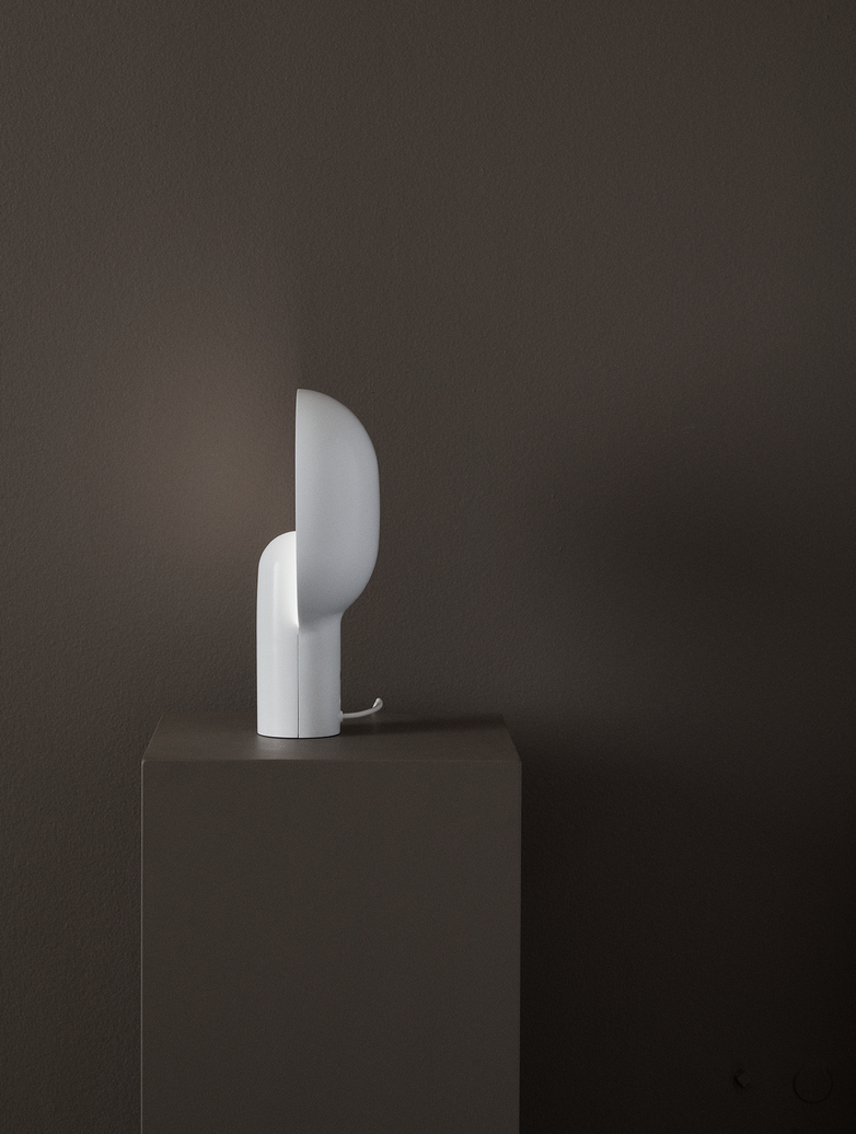 Ware Table Lamp – Milk White