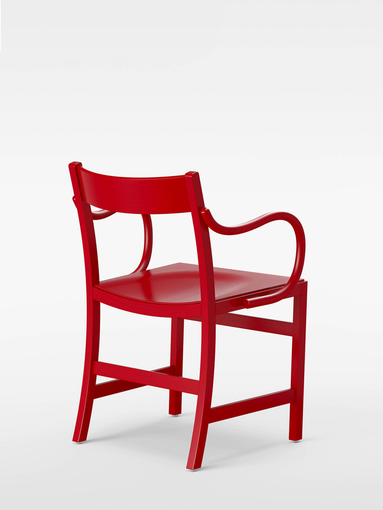Waiter XL Armchair – Red Lacqured Beech