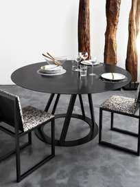 Big Irony Round Dining Table