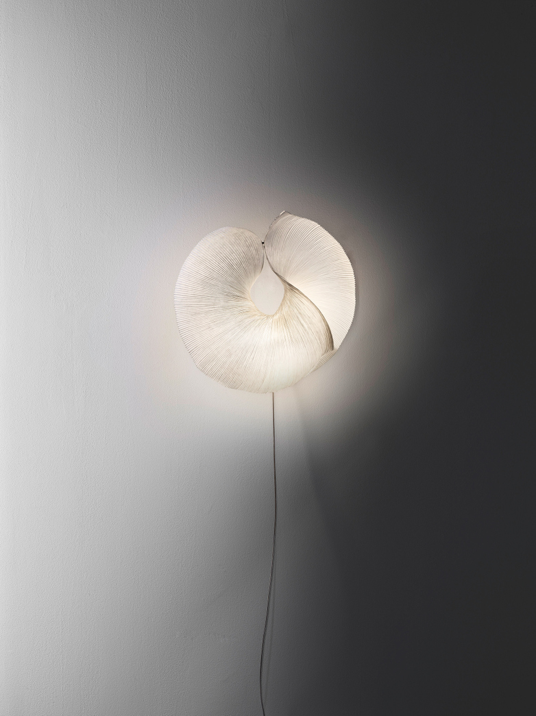Moonati Wall Lamp