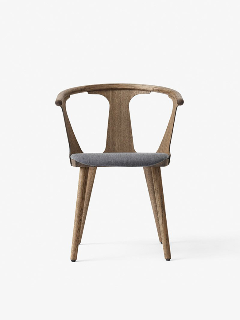 In Between Chair SK2 – Smoked Oak – Fiord 171