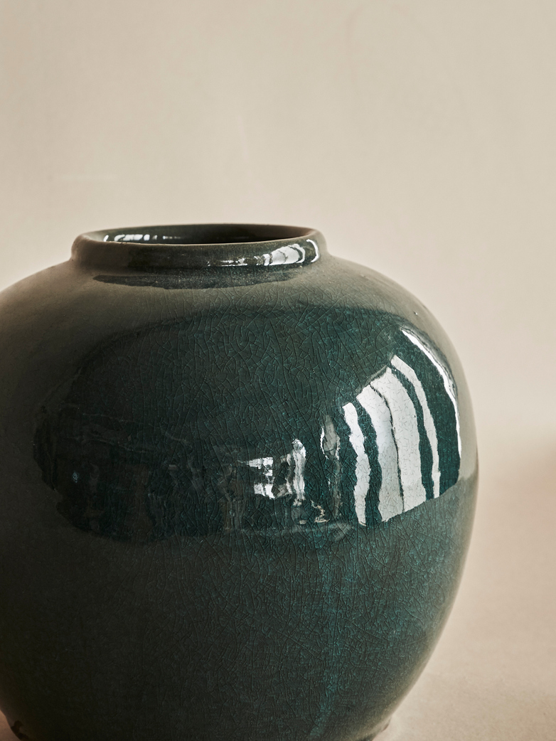 Deep Green Urn