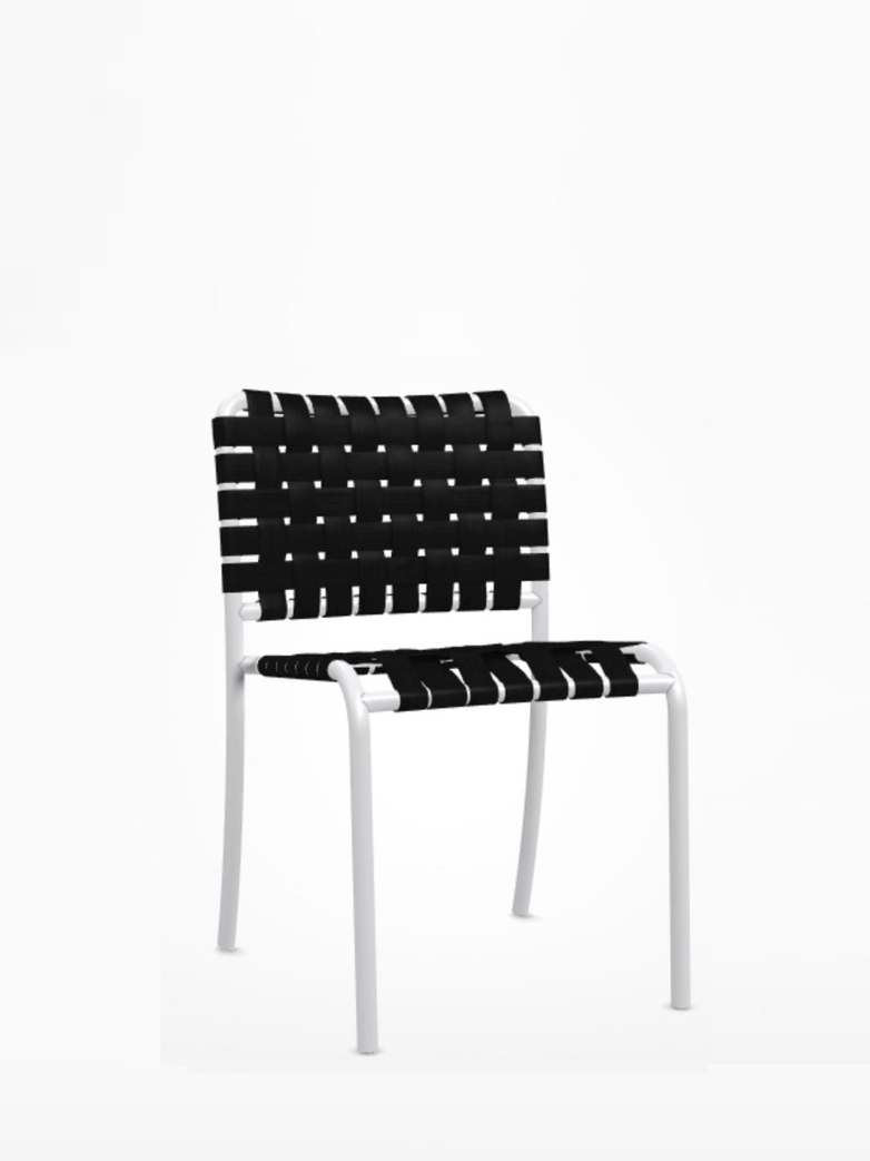 Inout 823 C Chair – White/Black