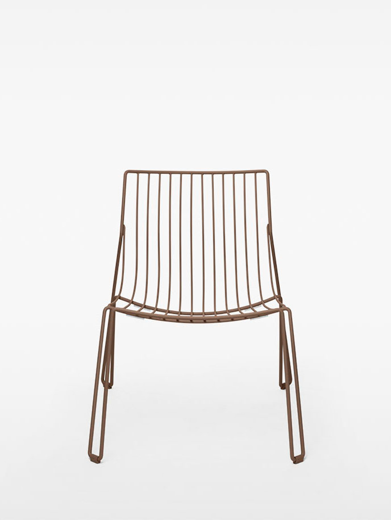 Tio Easy Chair – Pale Brown