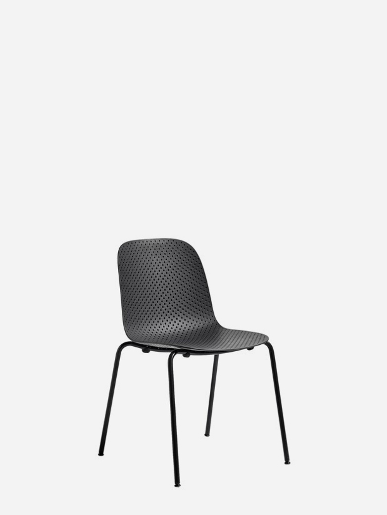 13eighty Chair – Graphite Black