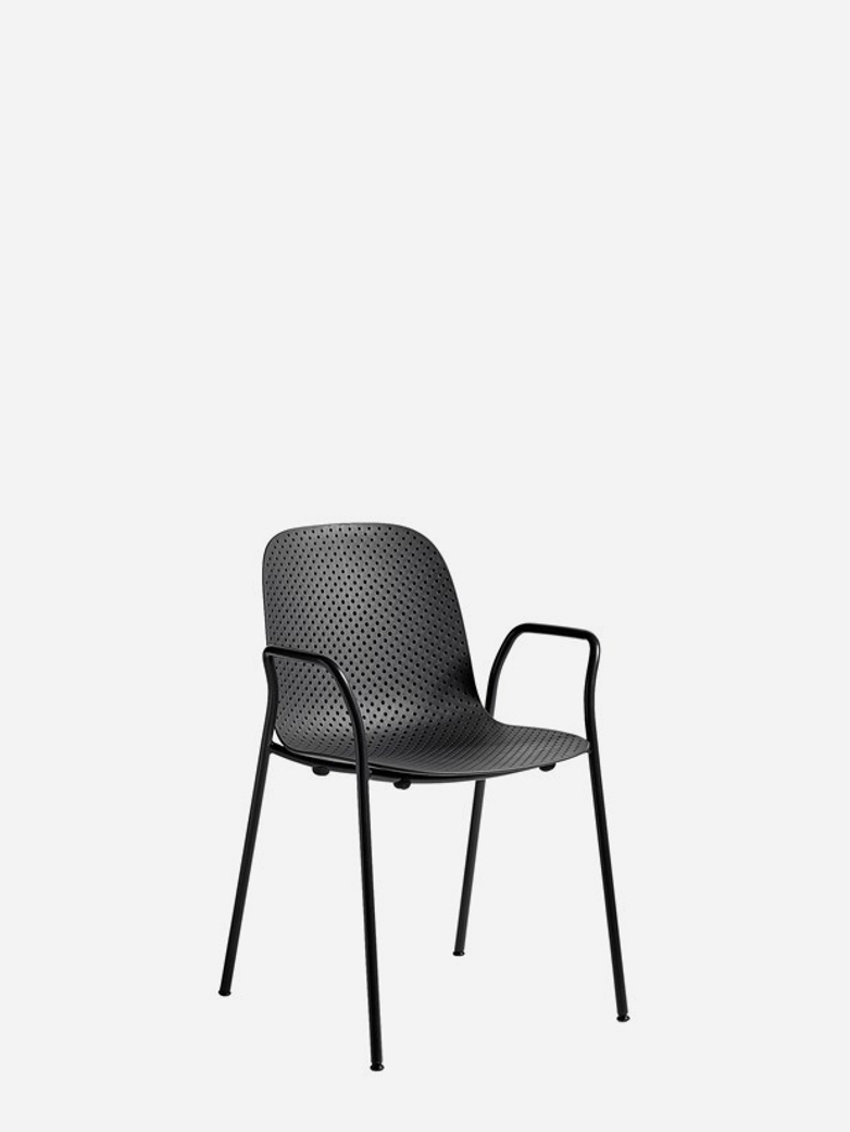 13eighty Chair – Graphite Black