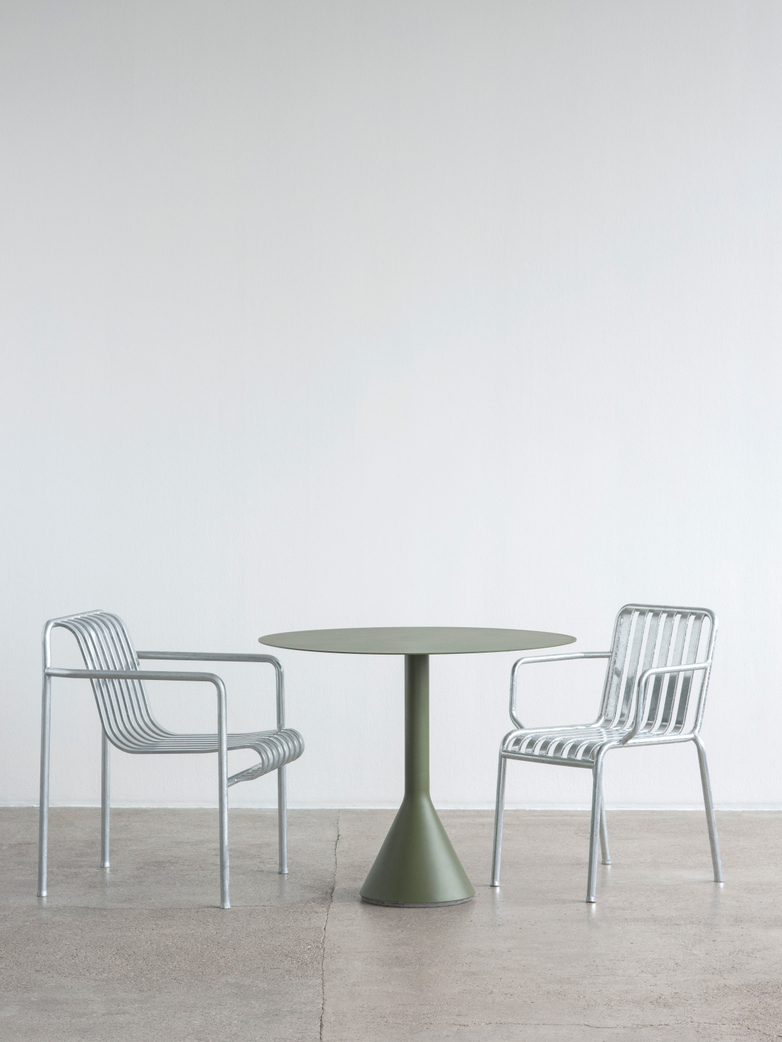 Palissade Cone Table – Olive Green – Ø90