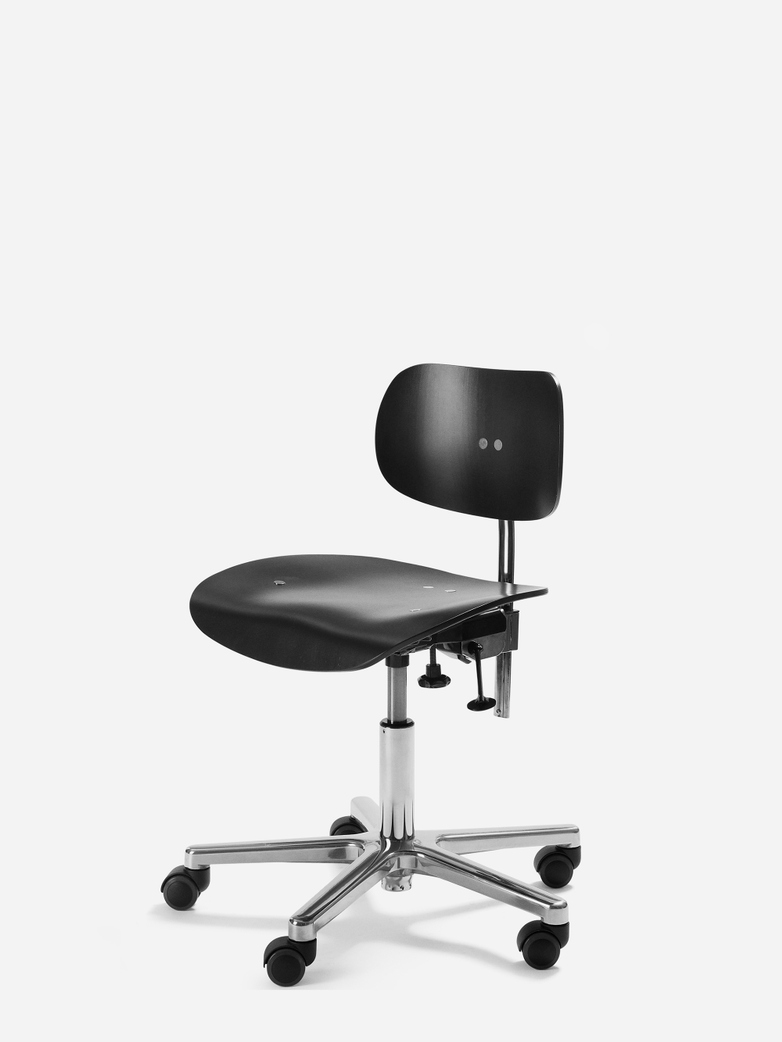 Eiermann S197R Office Chair – Stained Black