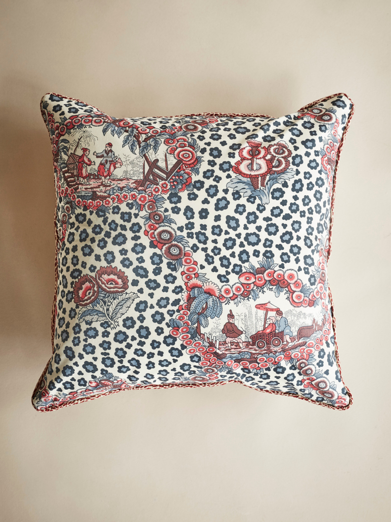 Chinese Leopard Toile – Red/Blue – 50 x 50