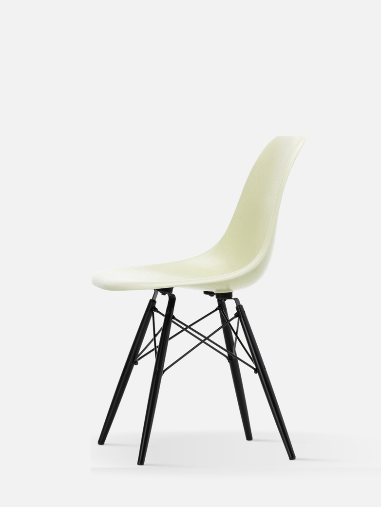 Eames Fibreglass Side Chair DSW