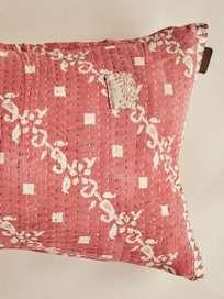 Sari Kantha – Soft Red – 50 x 70