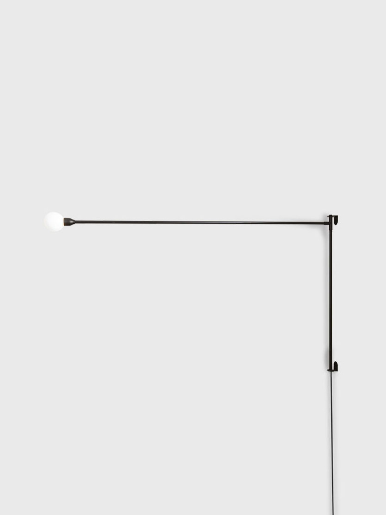 Potence Pivotante Wall Lamp – Black