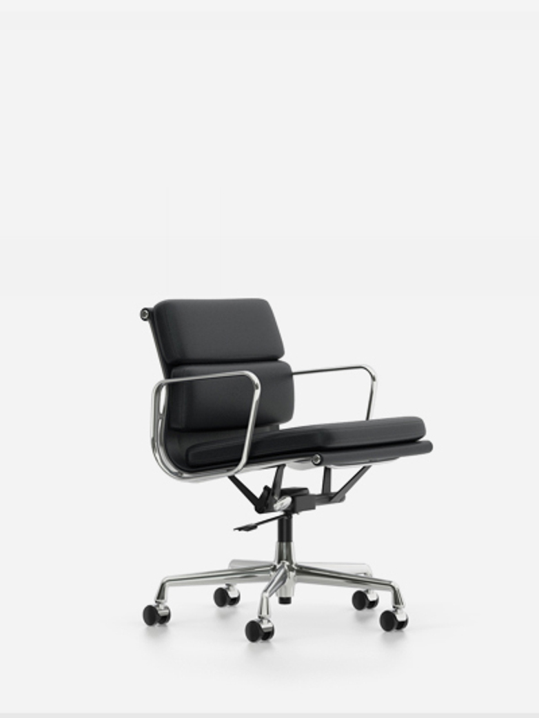 Eames Soft Pad Chair – EA 217 – Chrome – Nero