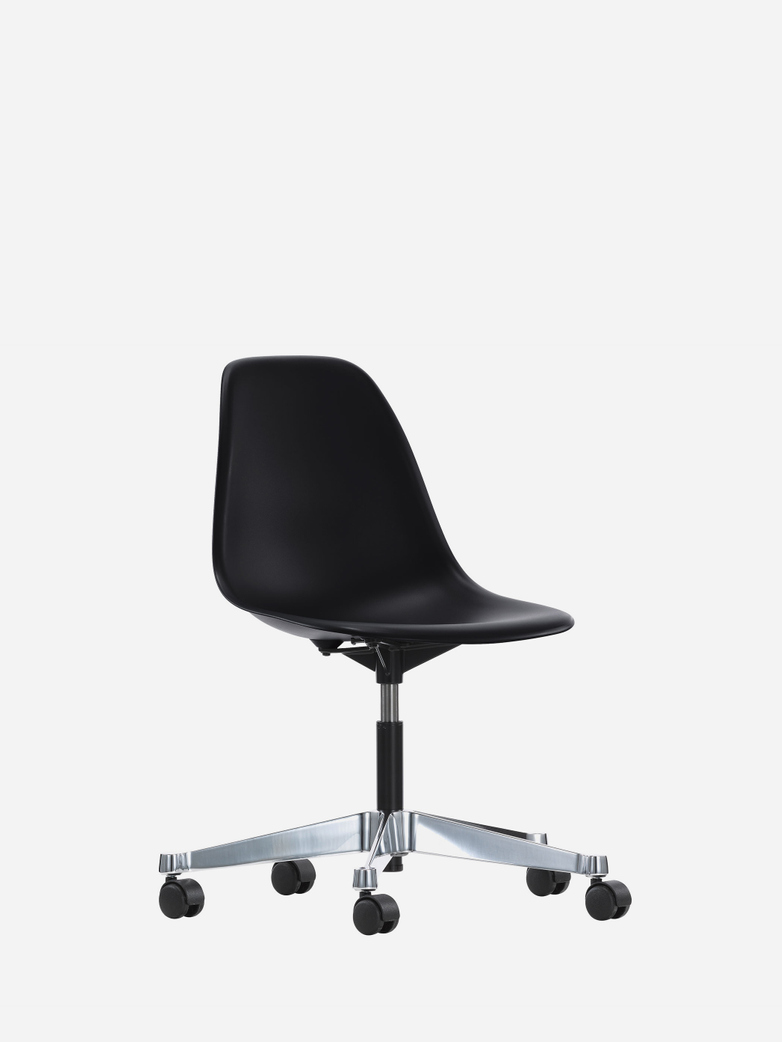Eames Plastic Chair – Castor Based – PSCC – Black