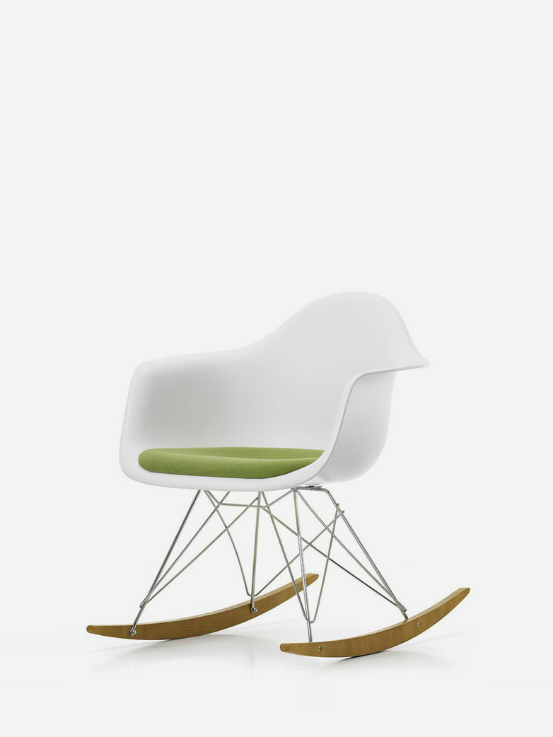 Eames Plastic Armchair – RAR – White/Green