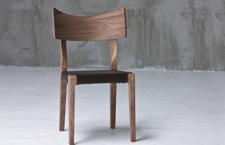 Sweet 21 C Chair – Brown Leather