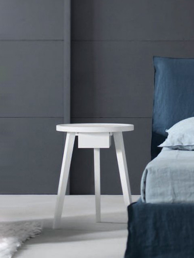Gray 45 Side Table – White