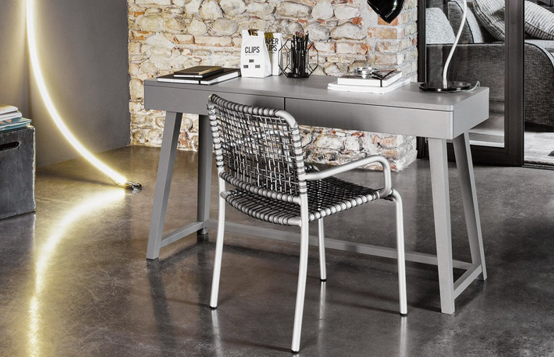 Gray 50 Writing Desk – Grey