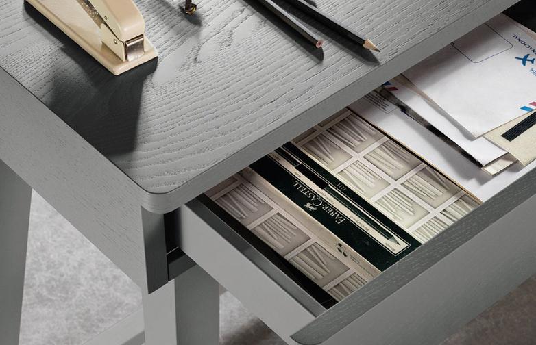 Gray 50 Writing Desk – Grey