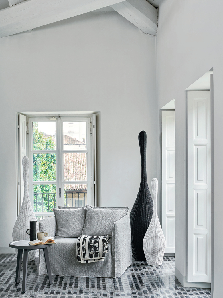 Bolla M Standing Lamp – Grey
