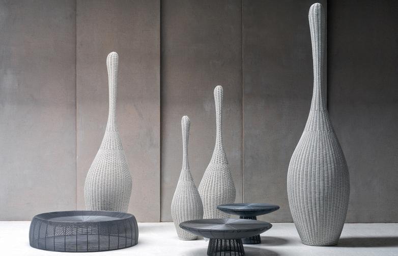 Bolla L Standing Lamp – White