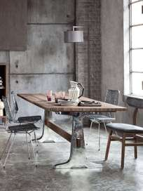 Brick 133 Dining Table – Walnut – 240