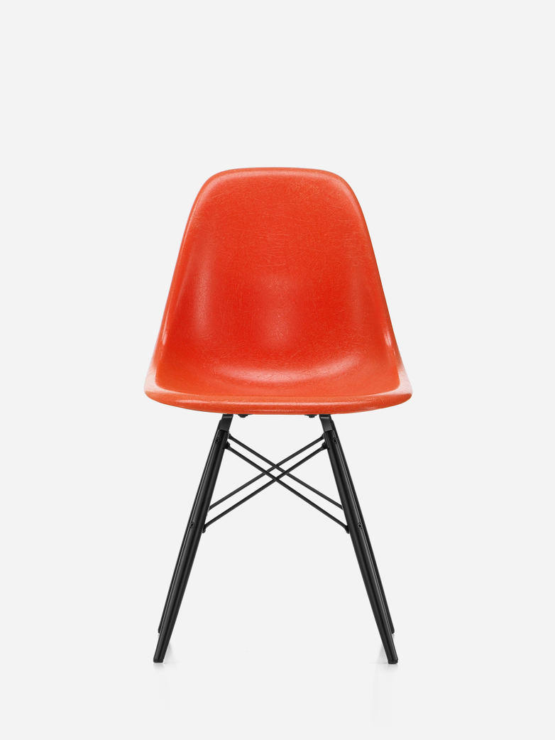 Eames Fibreglass Chair – DSW – Red