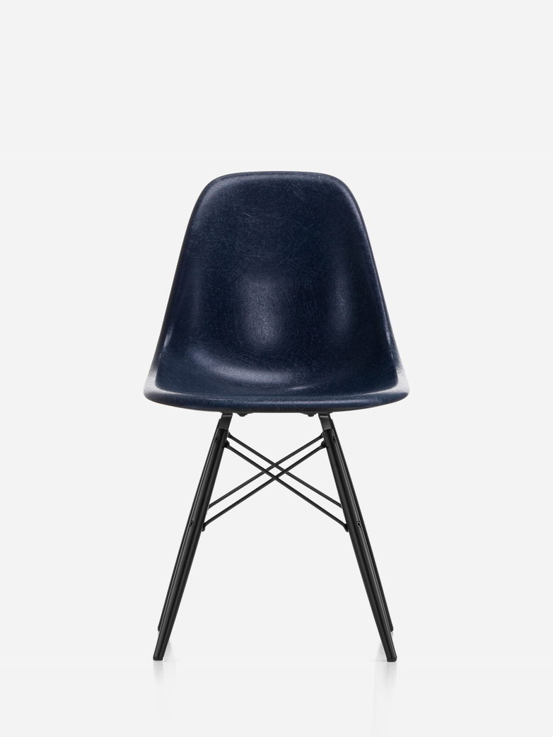 Eames Fibreglass Chair – DSW – Dark Blue