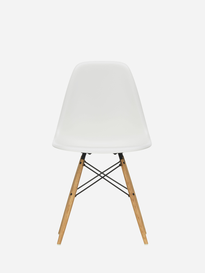 Eames Plastic Chair – DSW – White – Golden Maple