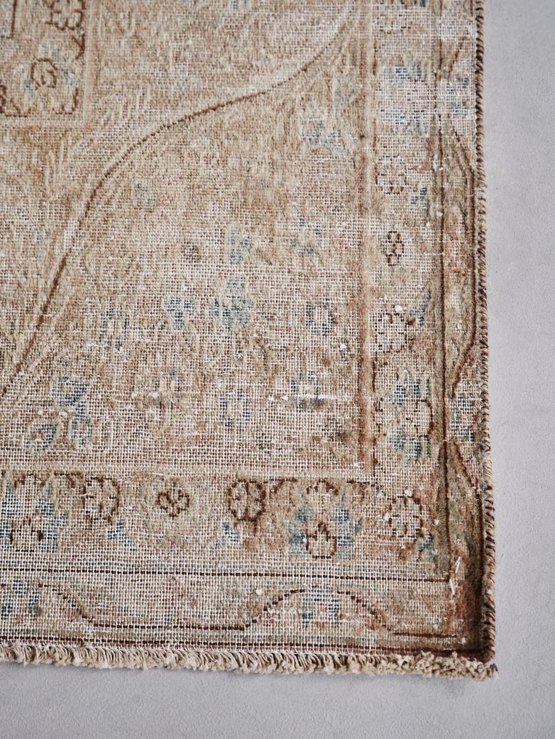 Antique Kerman Wool – 291 x 380