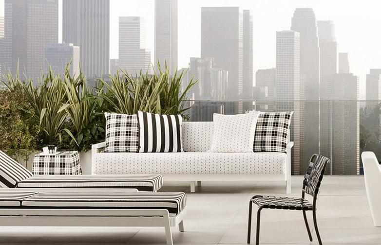Inout 104 Sofa – Category D