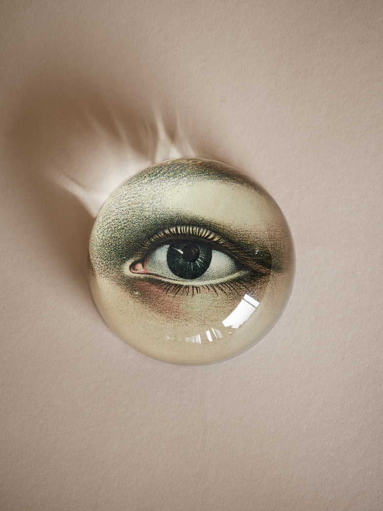 Paperweight Dome – Right Eye