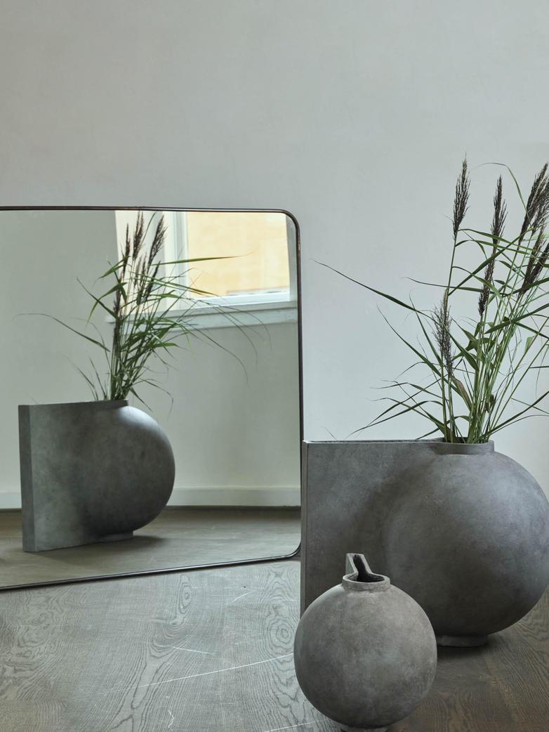 Offset Vase Big – Dark Grey