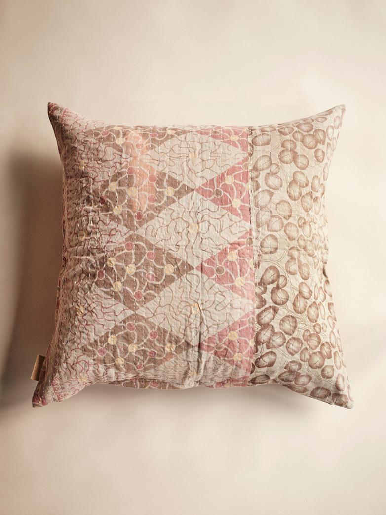 Sari Kantha – Cherry Pink – 65 x 65
