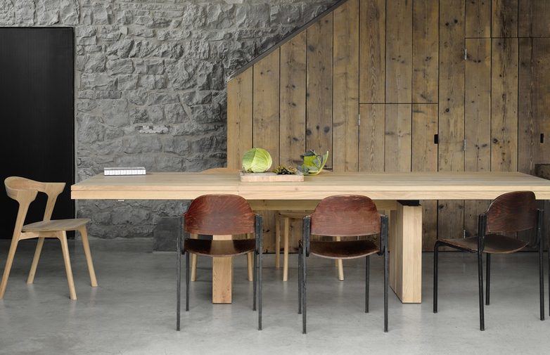Double Extendable Table – Oak