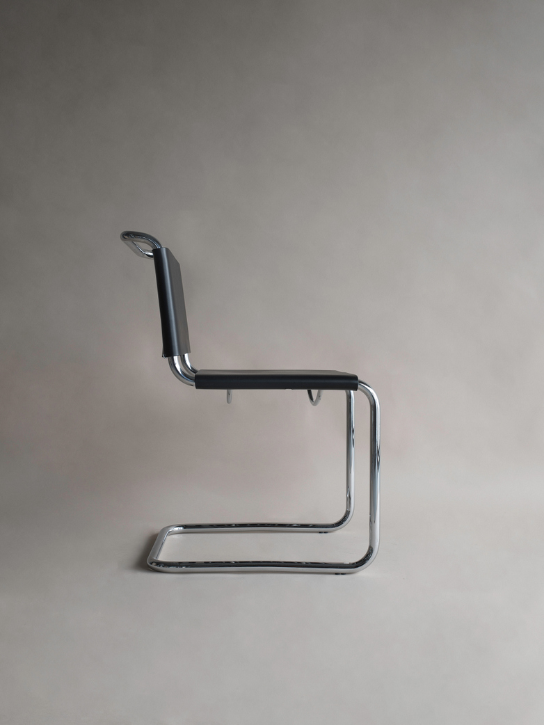 Bauhaus Chair ST44 - Chrome Black Leather